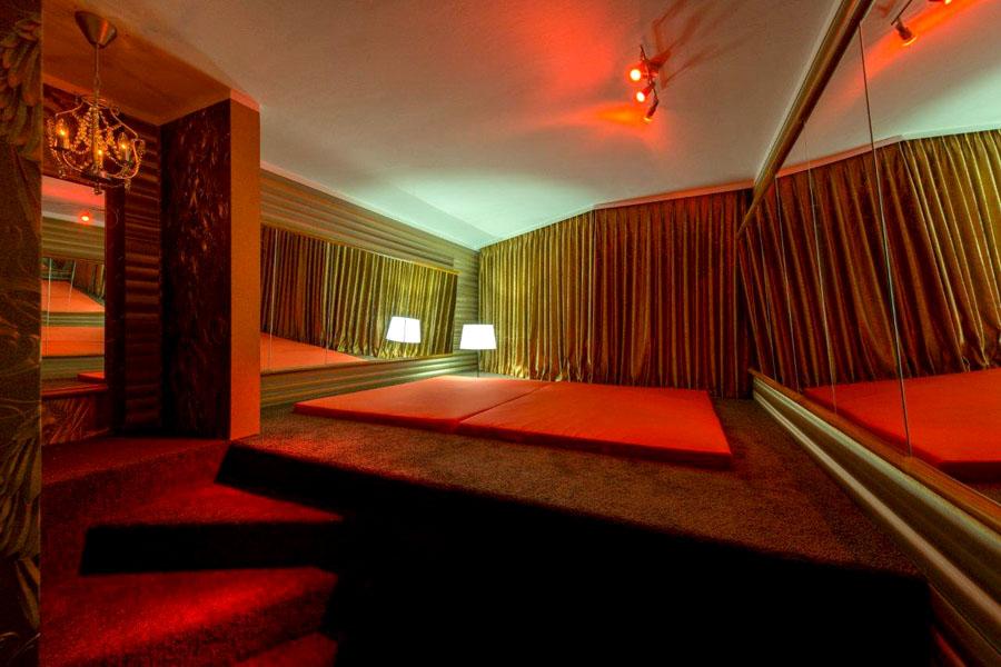 fkk sauna köln laufhaus luxemburg